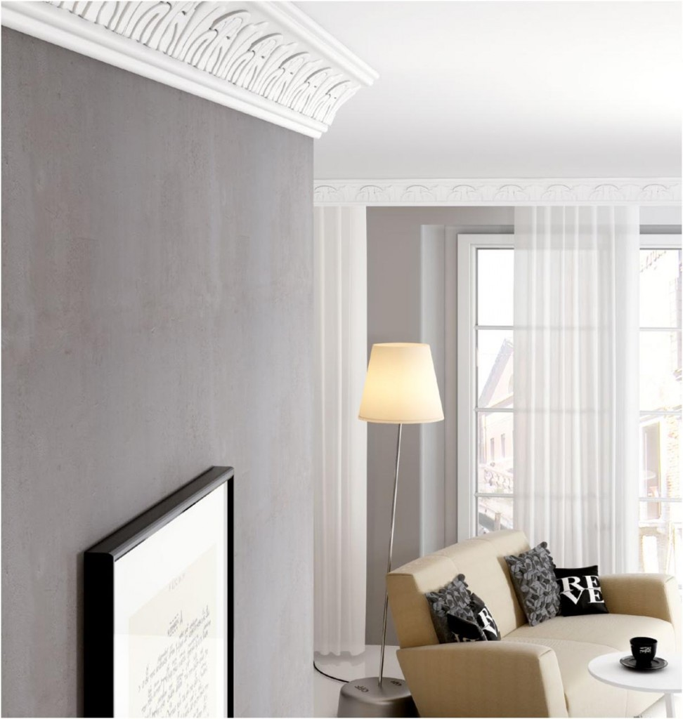 Mouldings with ready-made ornaments